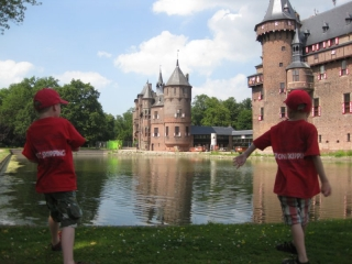Moat Skipping in Holland